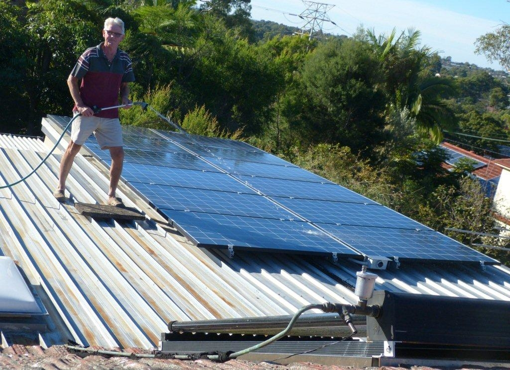 Kevin Parkes - Happy Solar Panel Owner